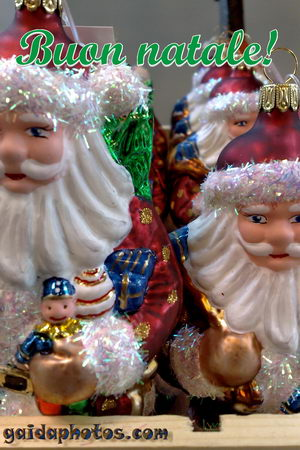 Fröhliche Weihnachten in verschiedenen Sprachen - Italienisch
